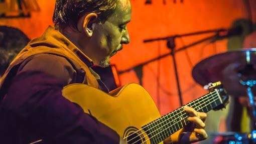 Fernando Bellver guitar